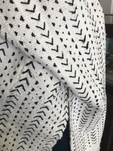 White Mudcloth scarf with V design 5b
